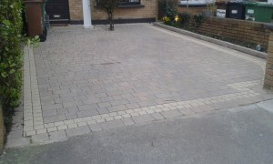 Block paving with border