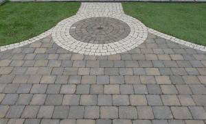 cobbles with silver circle