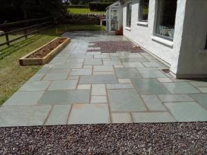 Limestone patio contractor